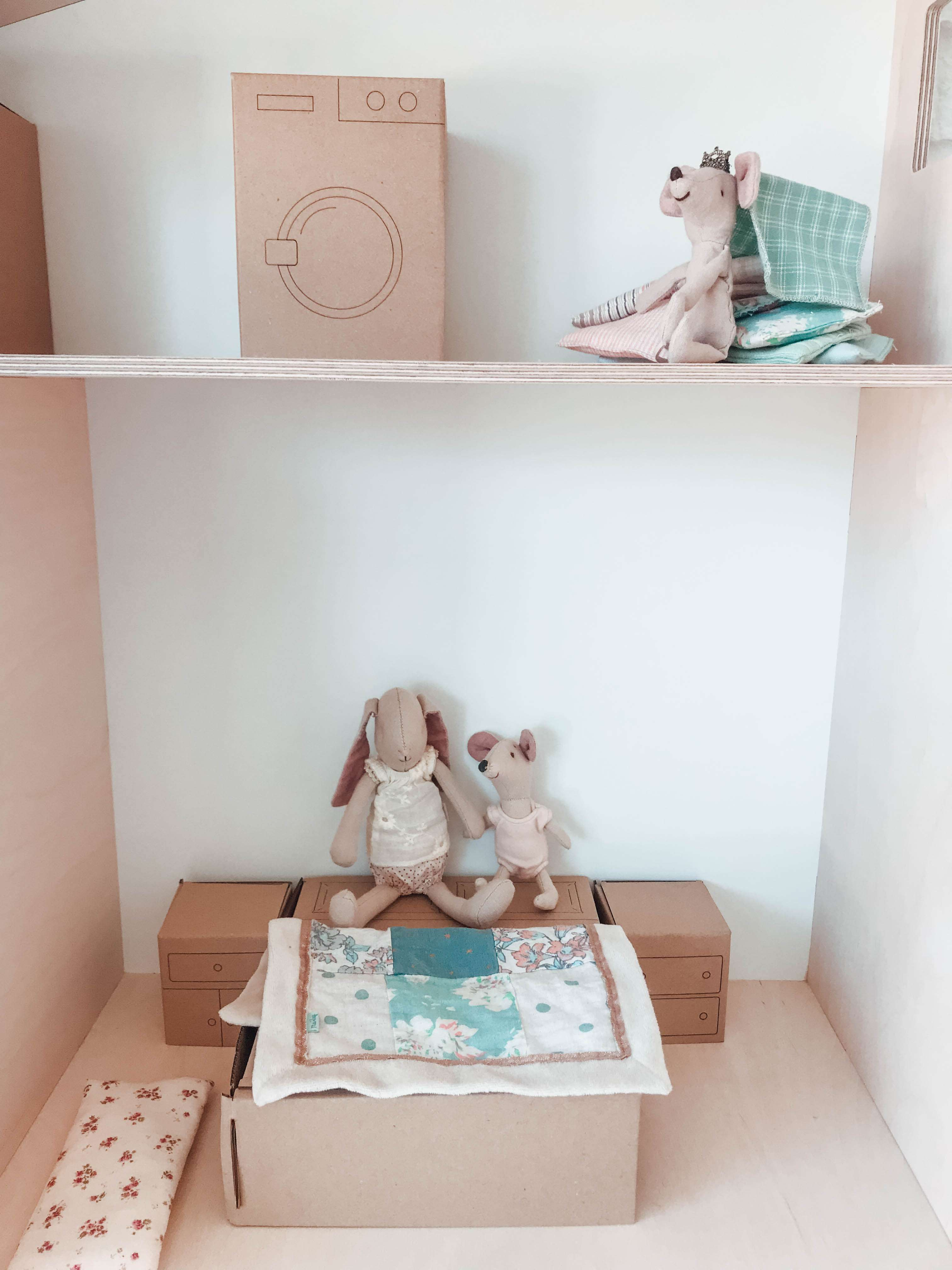 Muebles De Cart N Estoreta Family Craft Deco # Muebles Diy De Carton