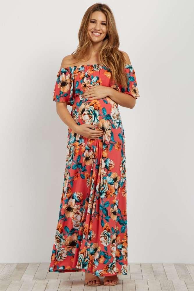f11aab4713e Como buena tienda americana, aquí encontraréis los típicos vestidos para  hacer las sesiones de fotos de embarazo, por si a alguna le interesa 😉